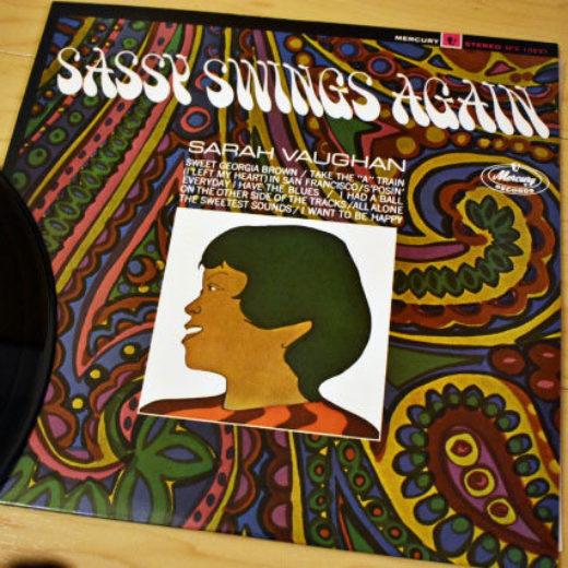 SARAH VAUGHAN / Sassy Swings Again