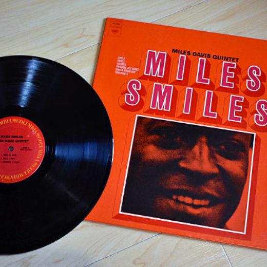 Miles Davis – Miles Smiles